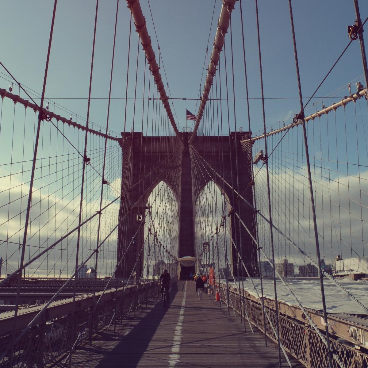 gQZ2iaRdRoWKahCTncS1_brooklyn-bridge